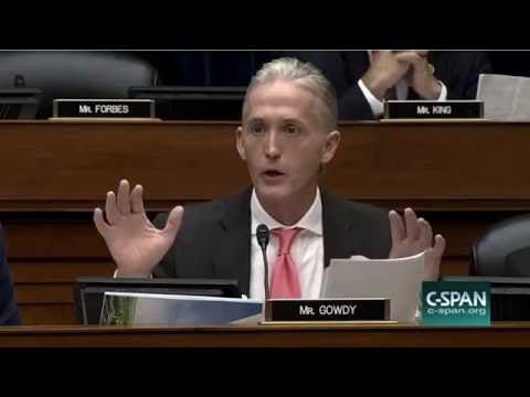 Trey Gowdy Makes The FBI Director James Comey Look Like A Third Rate Henchman For The Clintons - YouTube