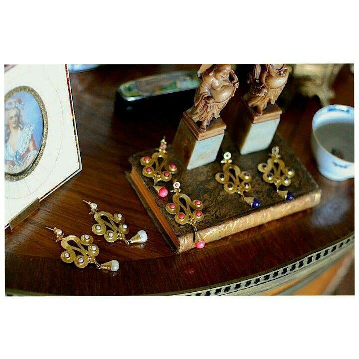 Pendientes antiguo  www.casildafinatmc.com #earings #pendientes #jewels #jewellery #jewelry #pendientes #bañadoenoro