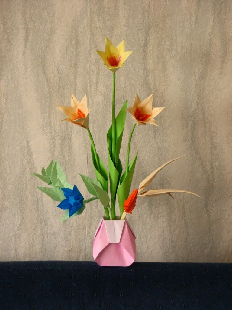 Origami flower designs diy pinterest flower designs origami origami flower designs jeuxipadfo Image collections