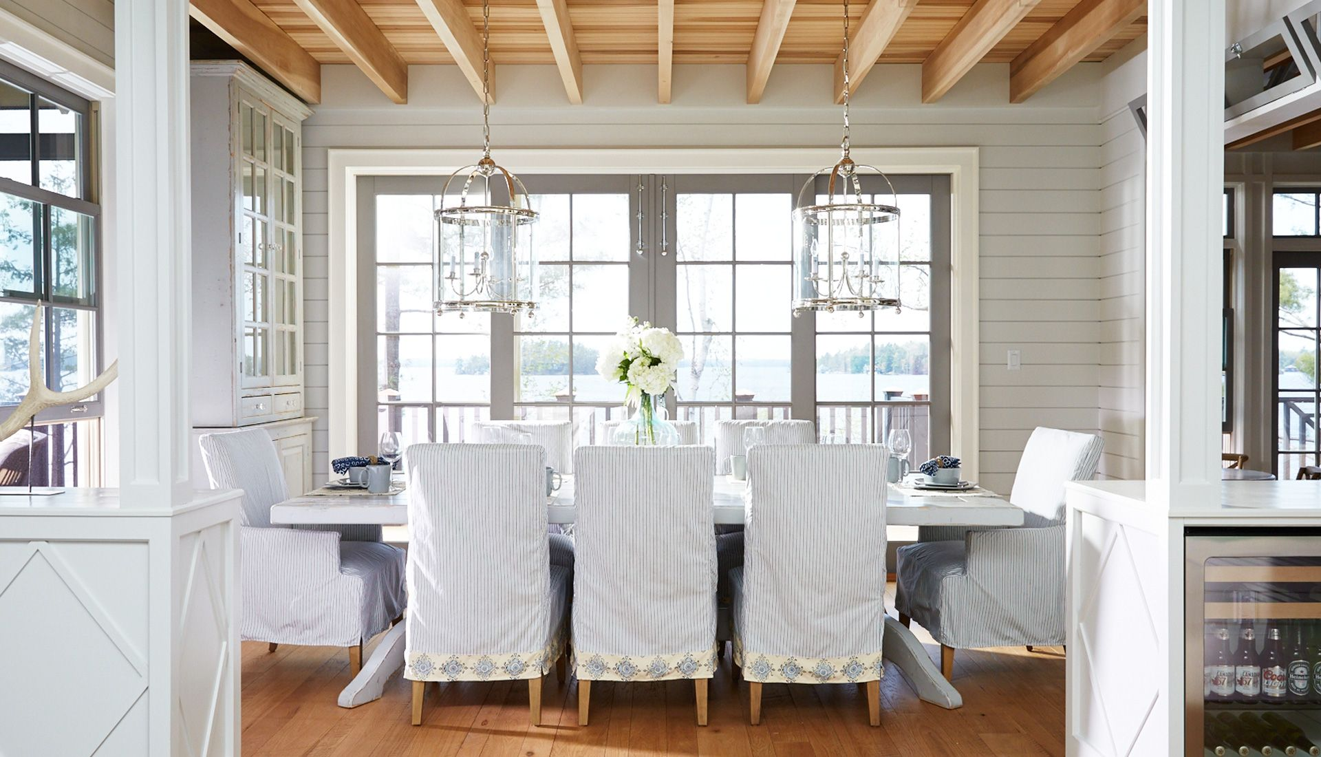 Abington muskoka living interiors muskoka ontario dining for Dining room area ideas