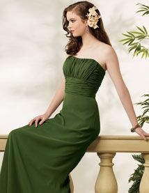 Green Bridesmaid Dresses on Beach Wedding Ceremony