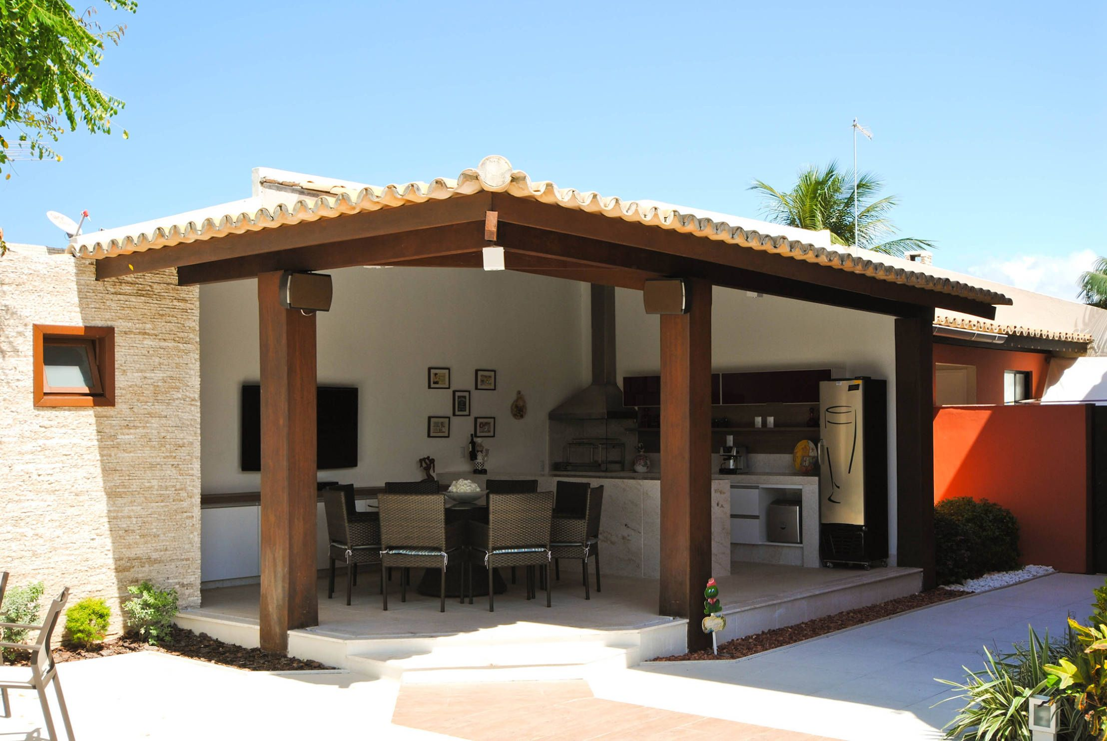 C mo construir un quincho en 8 pasos patio construcci n - Porches para terrazas ...