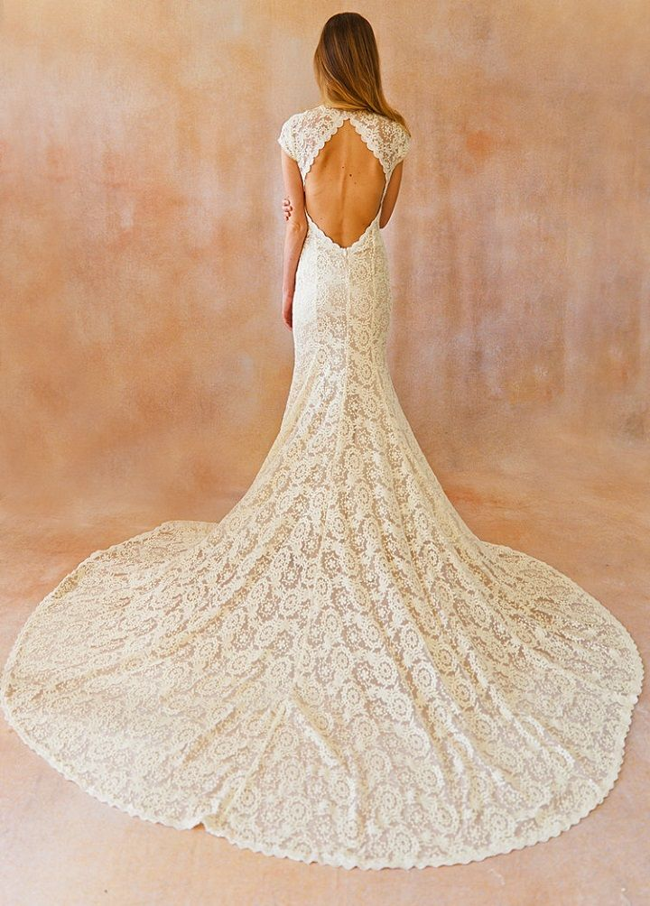 Ivory bohemian backless cap sleeve wedding dress #weddingdress #longsleeveweddingdress #backlessweddingdress #backless #weddingdresses #bohemian #bohoweddingdress