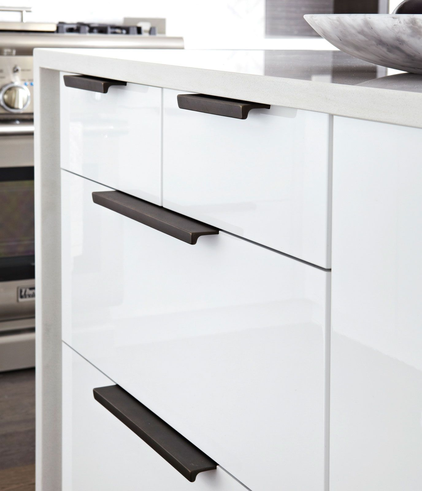 Cabinet Hardware Gallery Kitchen Handles Contemporary Kitchen Contemporary Kitchen Cabinets