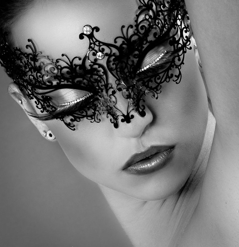 woman in mask | Image de photo.99px.ru