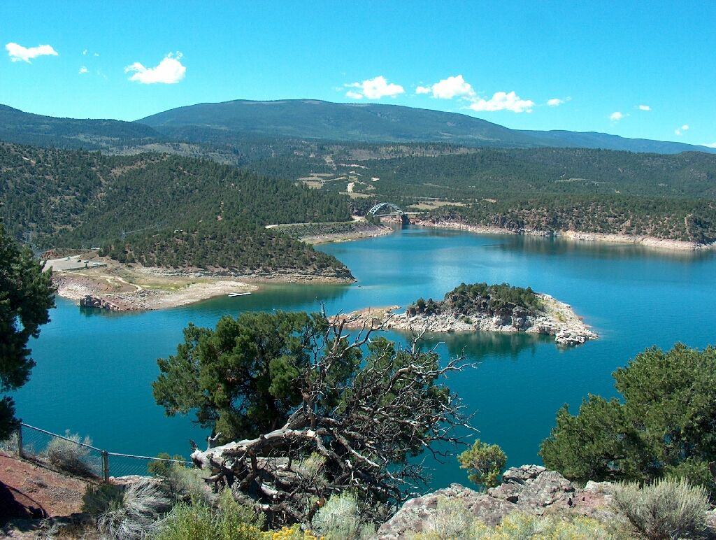 Flaming Gorge Reservoir In Utah Guys I Swear To You This Place Is The Most Beautiful I 39 Ve Been