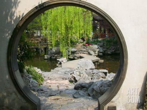 Zig Zag Stone Bridge and Willow Trees Through Moon Gate, Chinese - chinesischer garten brucke