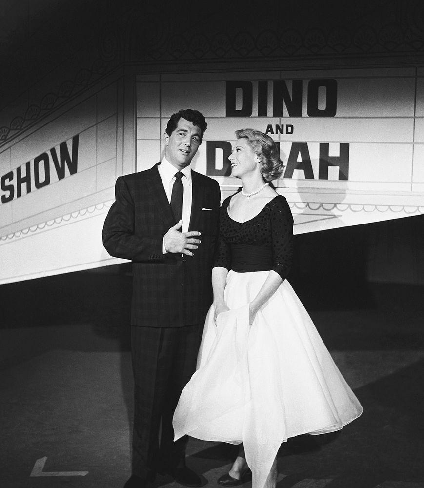 DINAH SHORE - TV SHOW PHOTO #54 - WITH DEAN MARTIN