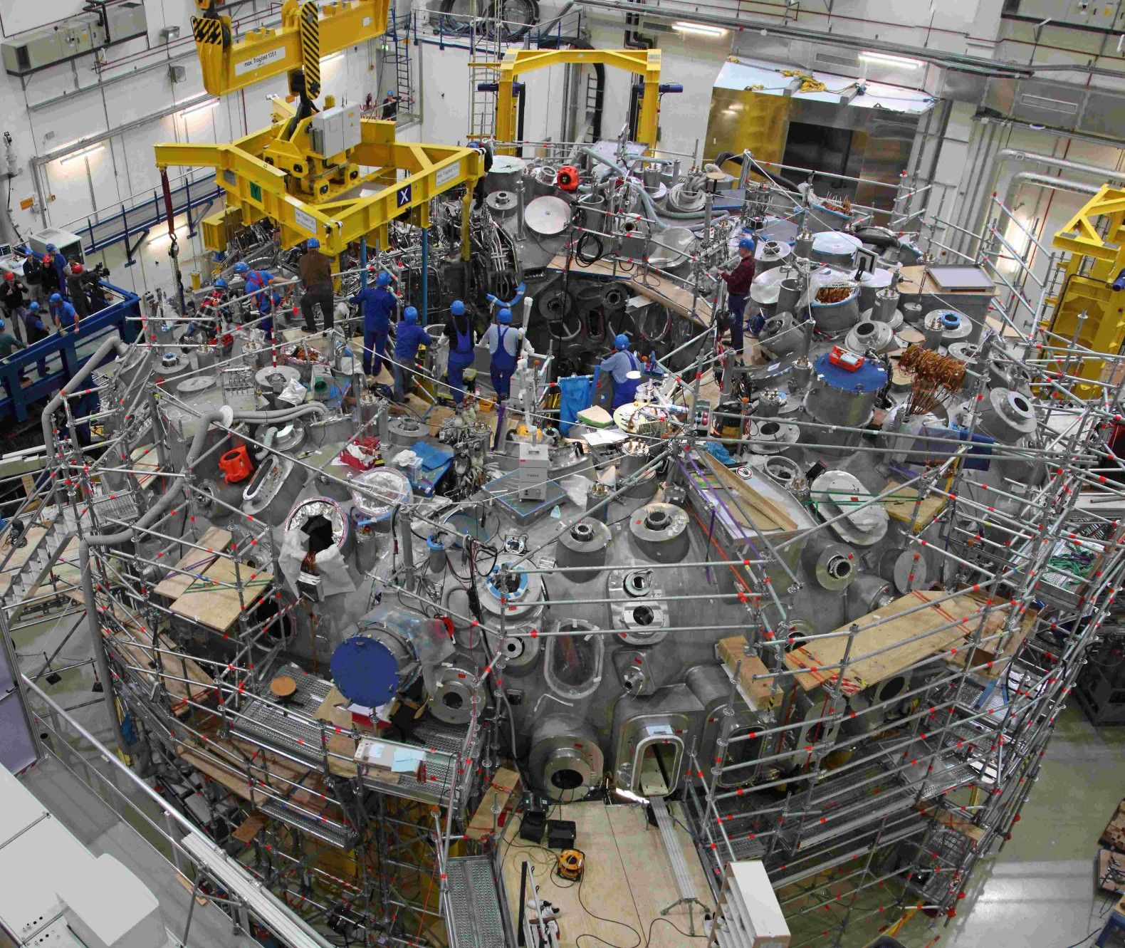 world s largest nuclear fusion reactor is about to switch on