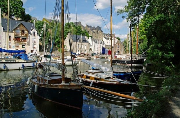 Le Port De La Roche Bernard Bretagne Pinterest
