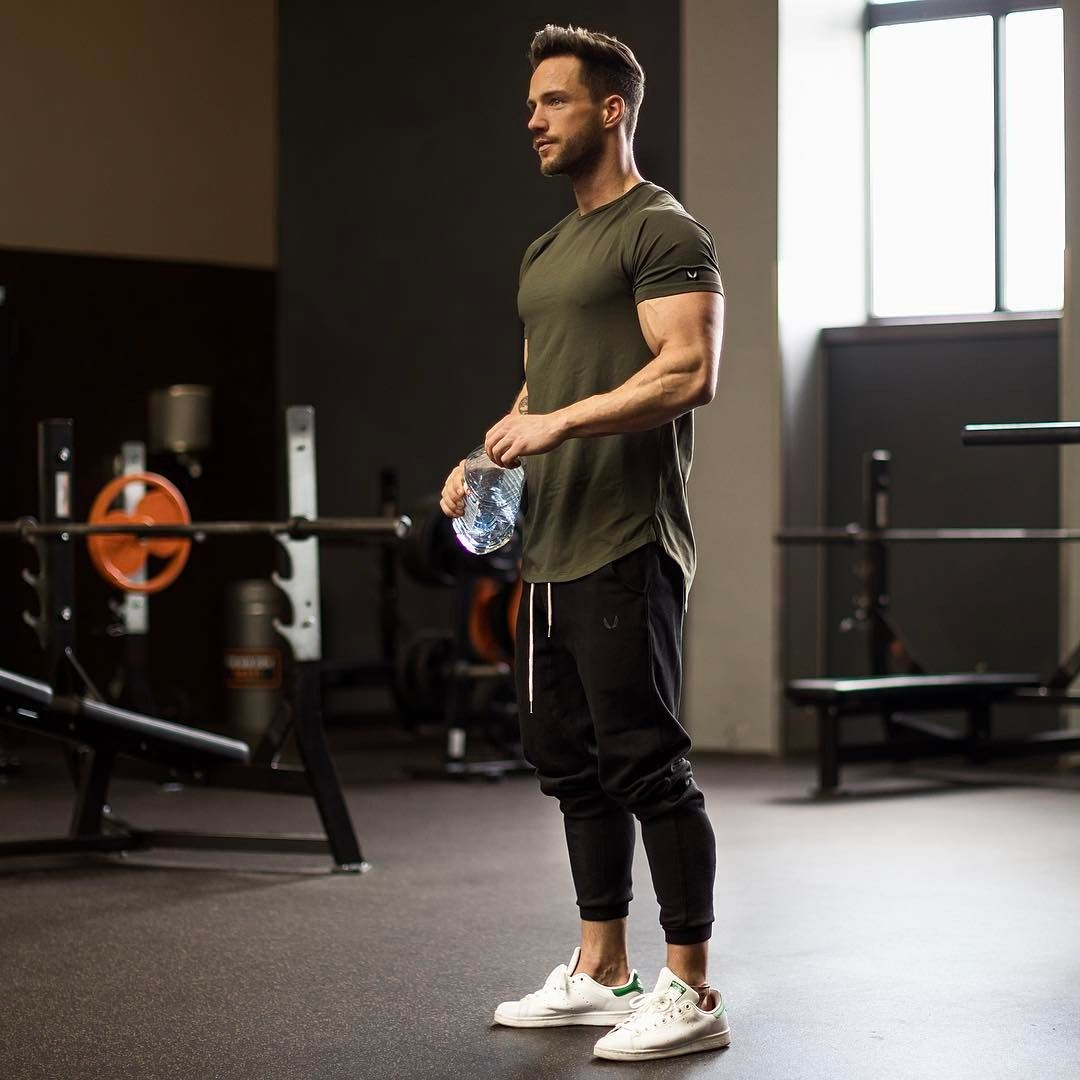 Man Workout: Pin By Touch.style On Men Outfits / Casual / Men Styles
