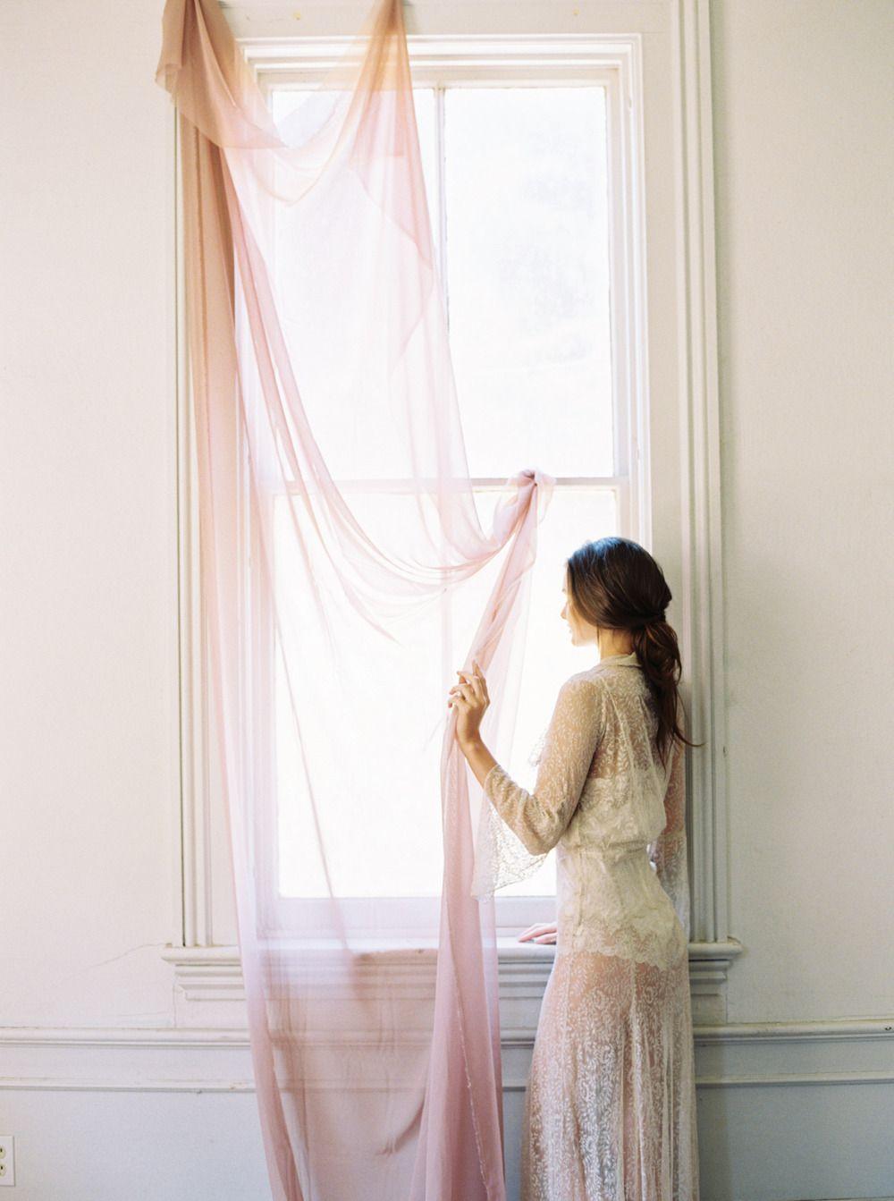 Vintage Chic Boudoir Inspiration Bridal boudoir, Boudoir