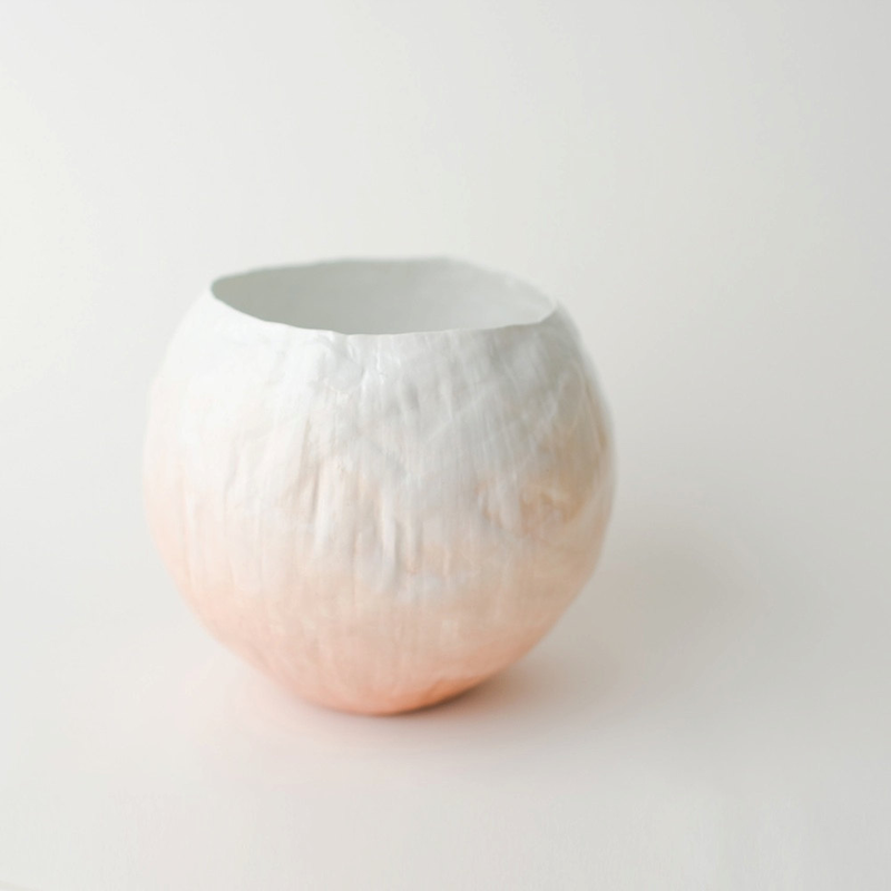 A peach ombre vase perfect for a spring #wedding! Peach Fade Vessel by Up in the Air Somewhere http://etsy.com/listing/38401682/peach-fade-vessel Photo Credit: Up in the Air Somewhere http://etsy.com/shop/upintheairsomewhere