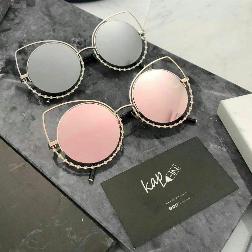 Tendance mode   49 Lunettes de soleil pour femme tendance été 2017 lunette  pour femme collection 2017  lunette ronde aux montures métalliques fines et  ... ddd38dfd812d