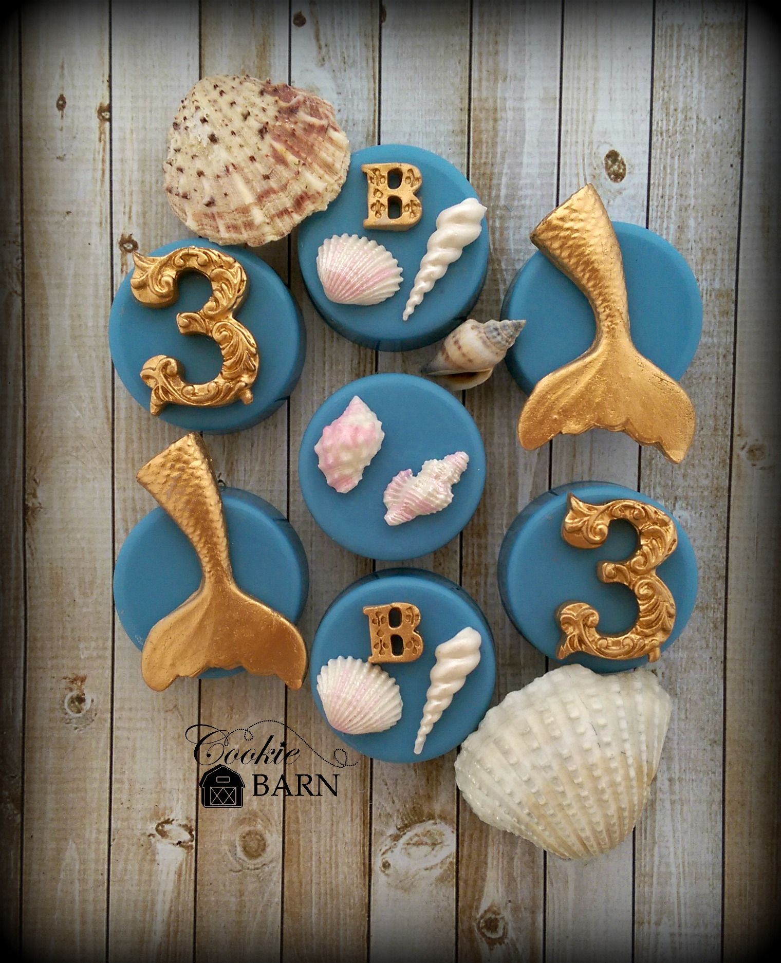 Mermaid Nautical Birthday Oreos. Every little mermaid would love these at her birthday party.