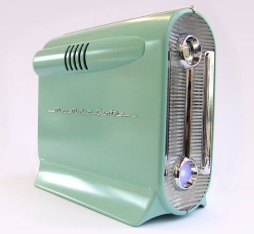 Retro computer...SHUT THE FRONT DOOR- if this is real I gotta have it!!