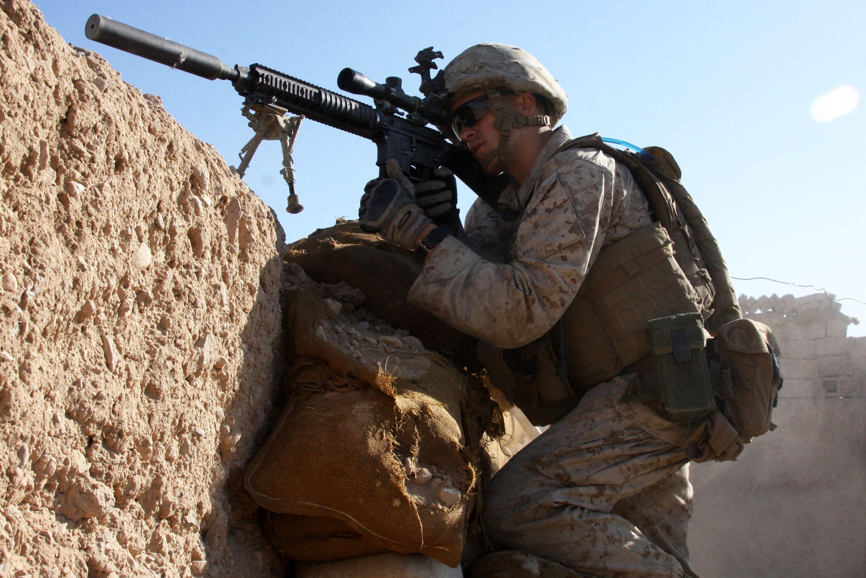 Defense.gov_News_Photo_101101-M-6340O-058_-_U.S._Marine_Corps_Lance_Cpl._Steven_J._Zandstra_provides_security_at_a_checkpoint_in_Sangin_Helmand_province_Afghanistan_on_Nov._1_2010.jpg (JPEG Image, 2816×1880 pixels) - Scaled (48%)