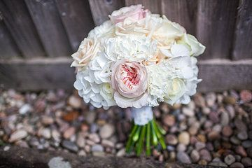 Beautiful Bridesmaid's bouquet in nudes/ blush