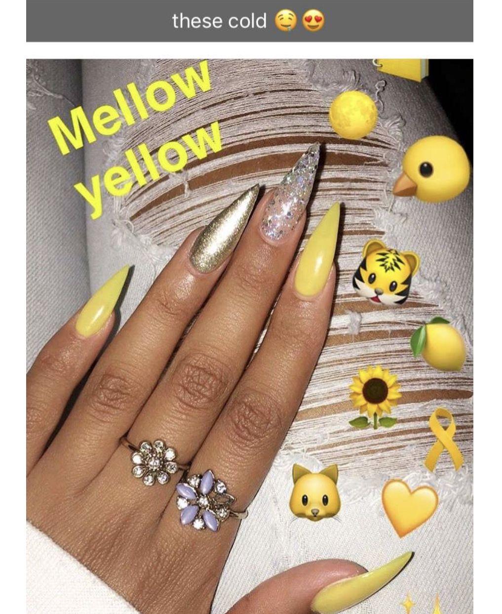 Pin By Tommy On N A I L A D D I C T Yellow Nails Design Yellow Nails Nail Designs