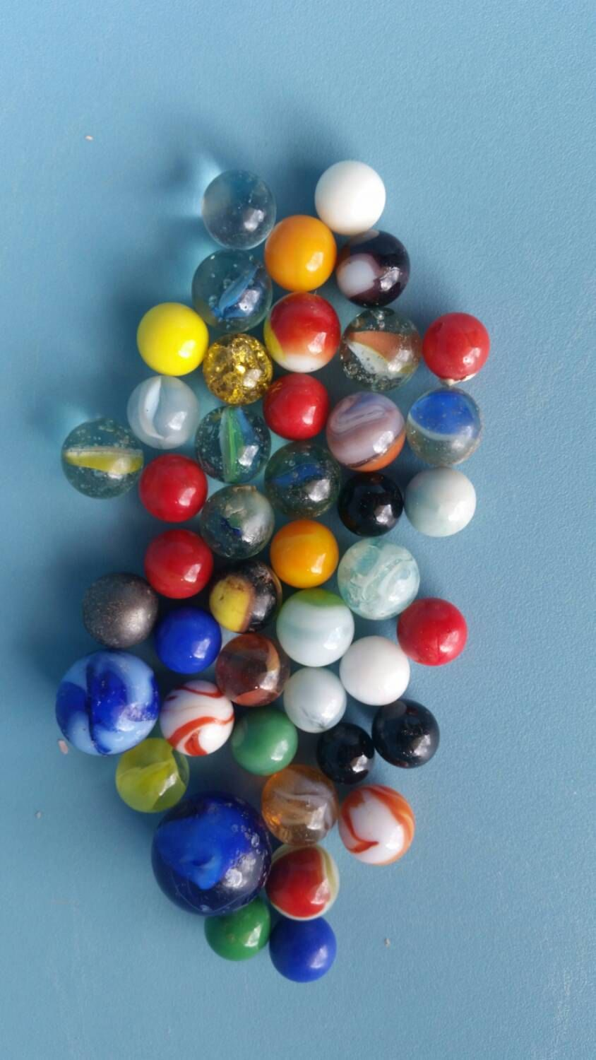 50 Vintage Marbles from 1950s, 1960s, 1970s / Marble Games