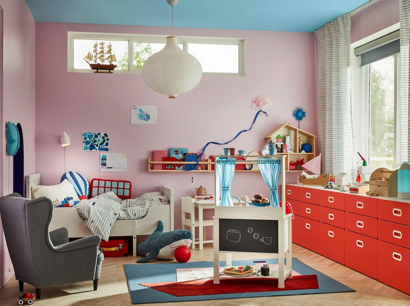 Vielseitiges Kinderzimmer mit Spielküche Kinderzimmer