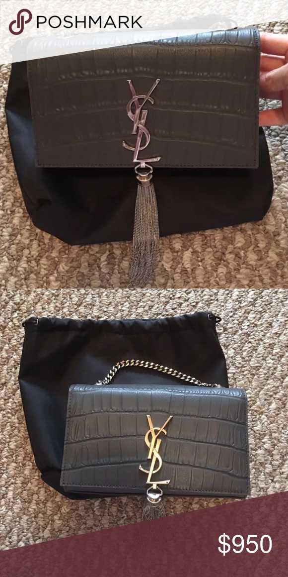Used very little comes with dustbag(string fell out) and authenticity card  Retail for 1650 new Yves Saint Laurent ... 2871e0dbe74e8