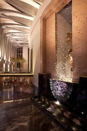 Four Seasons Hotel Riyadh At Kingdom Centre Saudi Arabia Designed By Omrania Associates Four Seasons Hotel Riyadh Saudiarabien