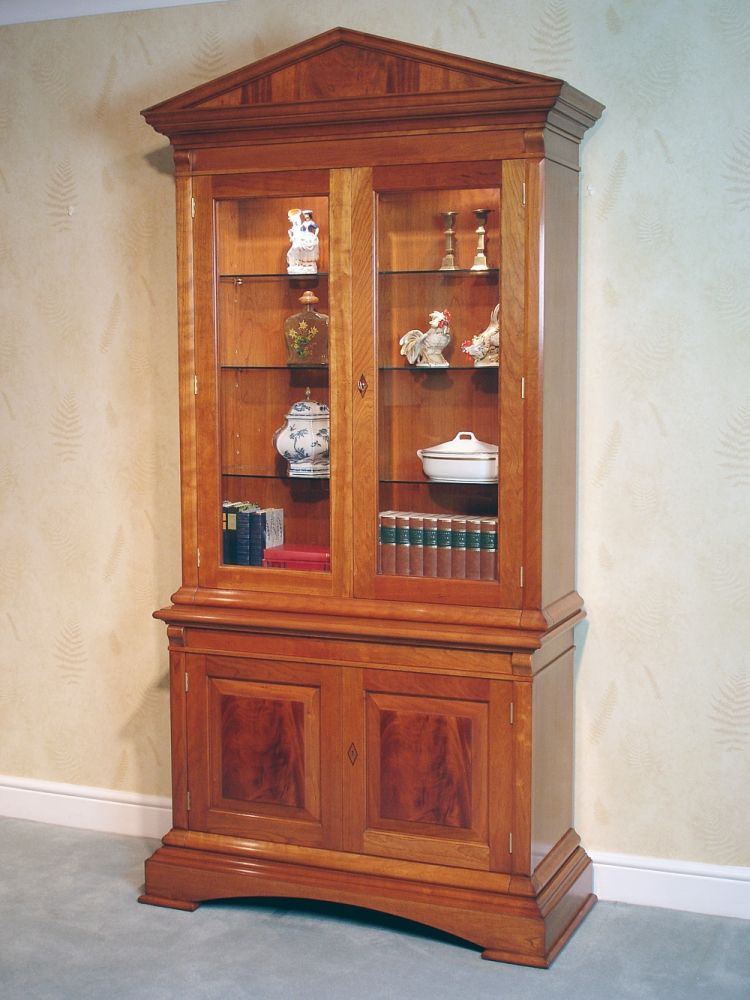Cherry Wood Display Case Constructed From Two Separate Carces The Bottom Carc Of This Door Cabinet Contains One Adjule Timber Shelf