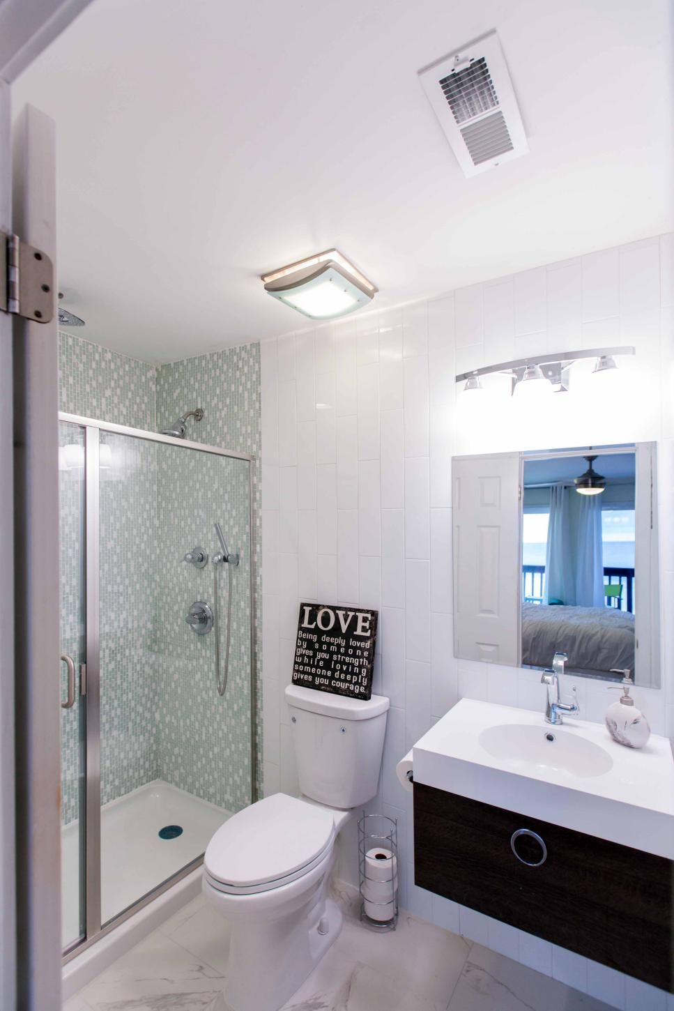 20 Small Bathroom Before and Afters | Bathroom Redo | Pinterest ...