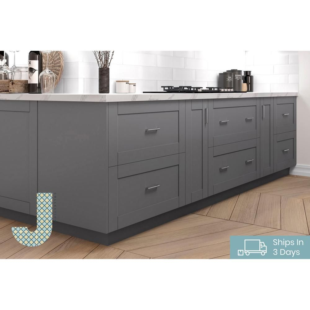 J Collection Shaker Assembled 30 In X 94 5 In X 24 In Pantry Cabinet With Two Inner Drawers And Two Pull Out Deep Drawers In Gray Tb2d302494 5i2 Gs The Hom In 2020