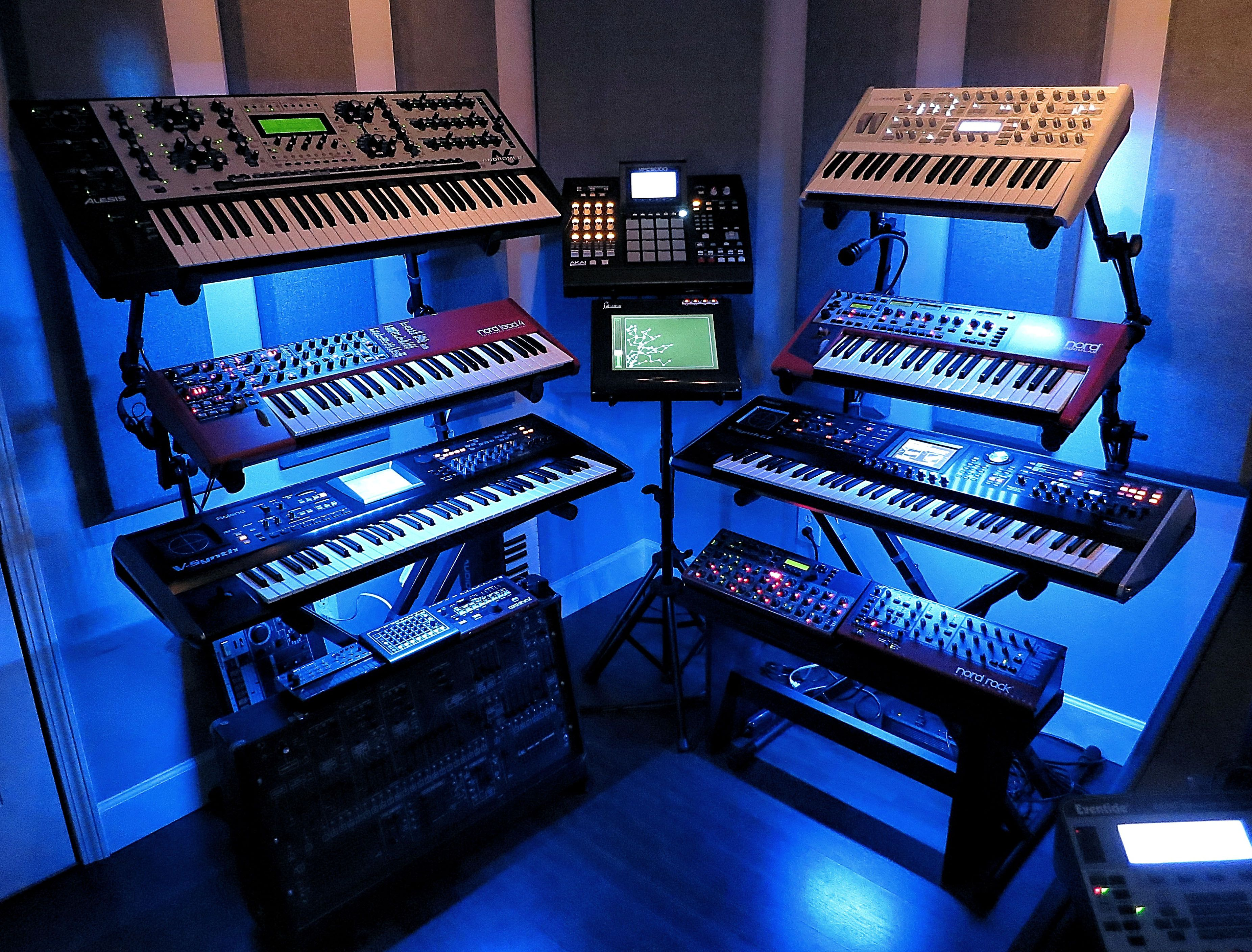 Richard Devine Space Music Studio Room Studio Music Recording Studio