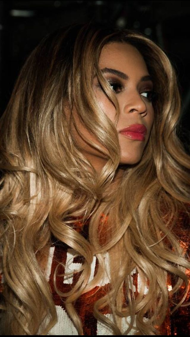 Beyonce The Mrs Carter Show World Tour In Lisbon Portugal 26th 2014 Beyonce Hair Hair Hair Styles