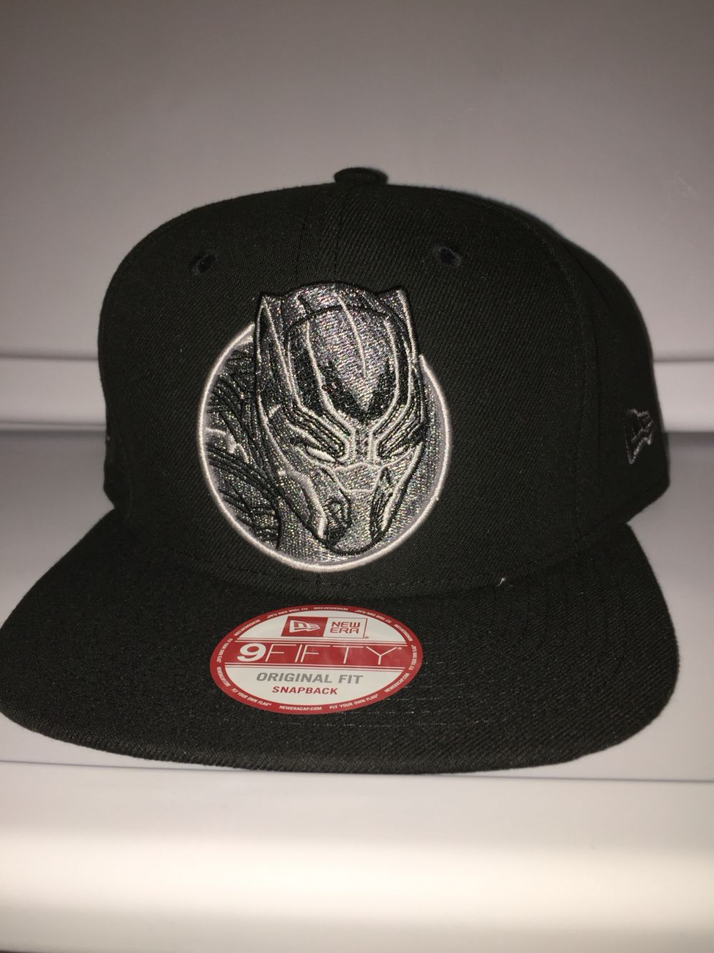 New era marvel black panther snapback with black panther head on the side 37f9abec350