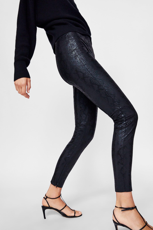 08131c7e9bf298 Faux snakeskin leggings   Christmas 2018   Zara leggings, Fashion ...