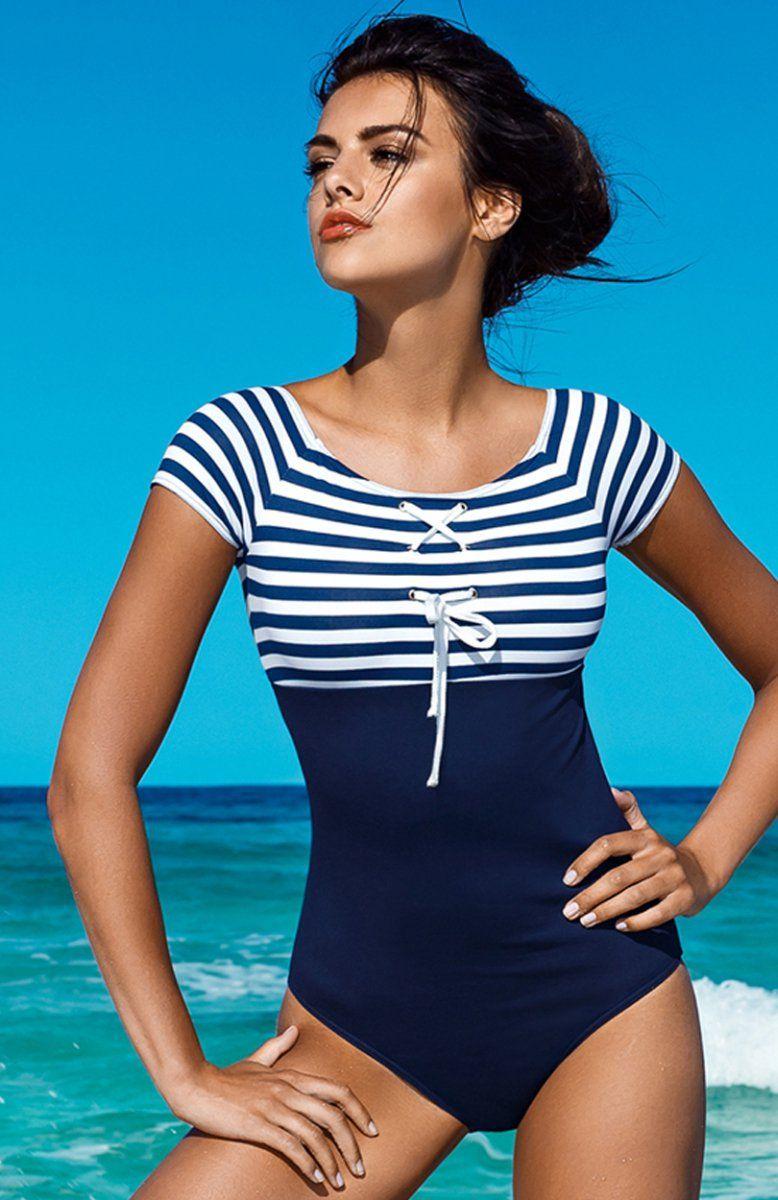 7cc9818d9e5f5b Lorin L4001/6 kostium kąpielowy Piękny jednoczęściowy strój kąpielowy -  utrzymany w marynarskich stylu, krótki rękaw, górna część w granatowo –  białe paski ...