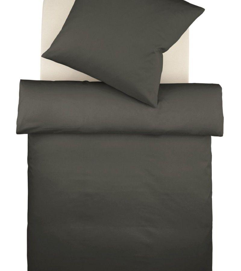 Einfarbige bettw sche in anthrazit stellen sie sich dazu - Bett vorm fenster stellen ...