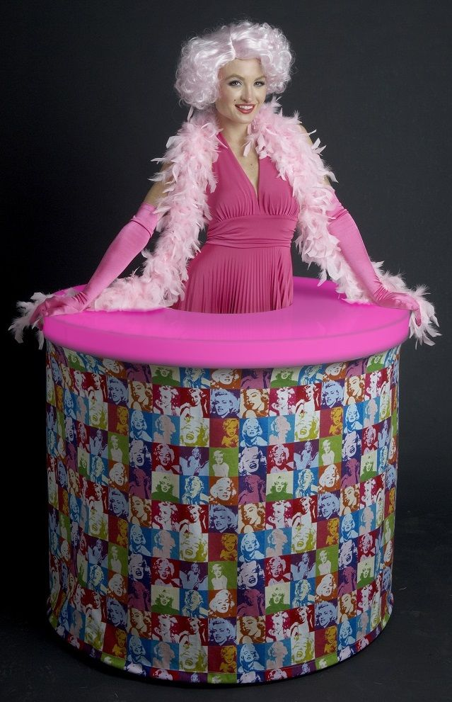 Marilyn Monroe Pop Art Strolling Table. LED Light Up Table Top Changes  Colors.