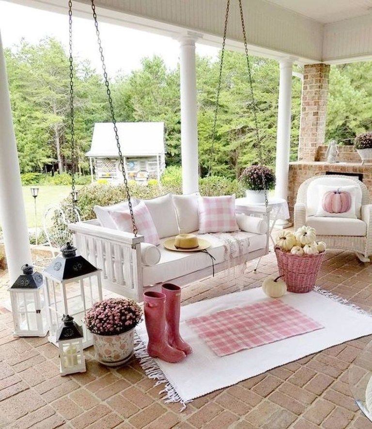 22 Amazing Rustic Porch Decorating for Autumn to Copy Now - #rusticporchideas
