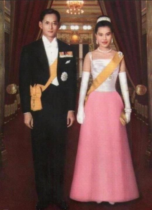 Our beloved King & Queen of Thailand