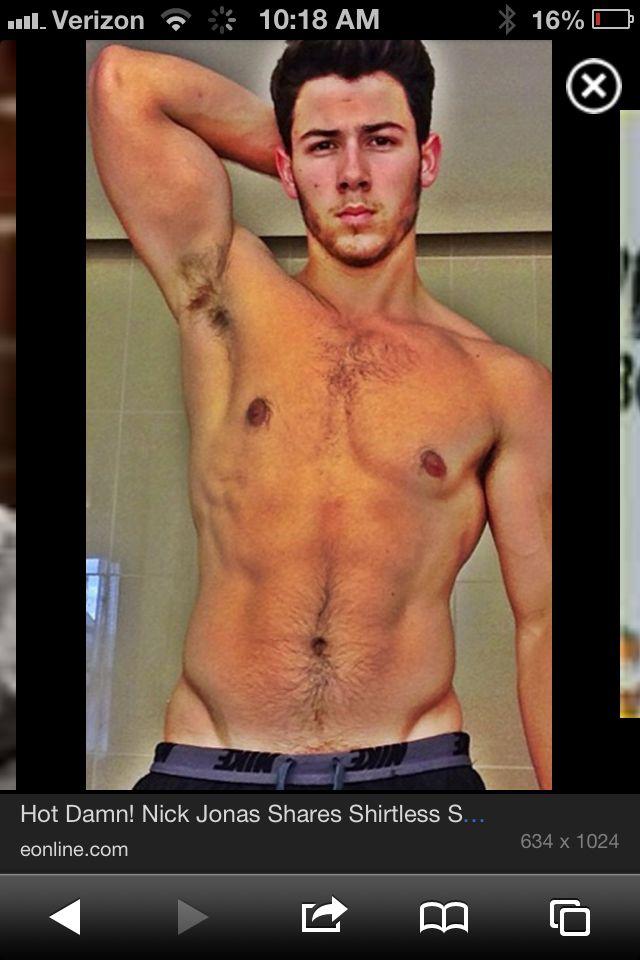 why do guys post shirtless pics
