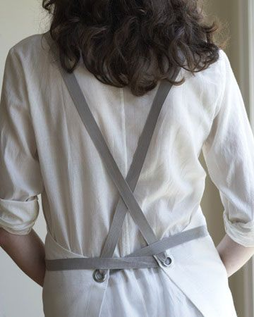 Kitchen Apron in Oyster (I love the back of these aprons) Studiopatró - We Design Tea Towels