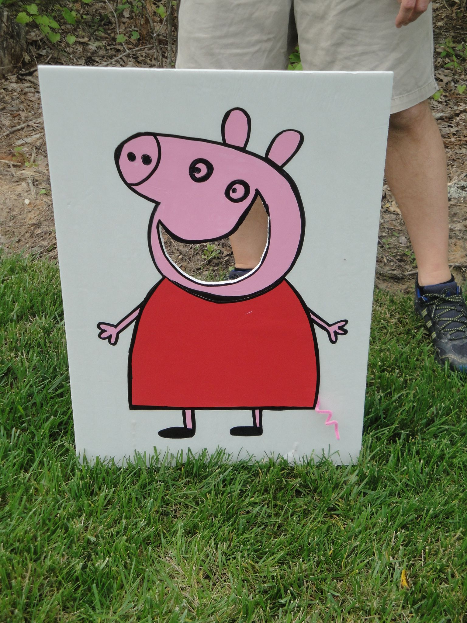 Bean Bag Toss With Peppa Peppa Pig Party Oink Pinterest Pig