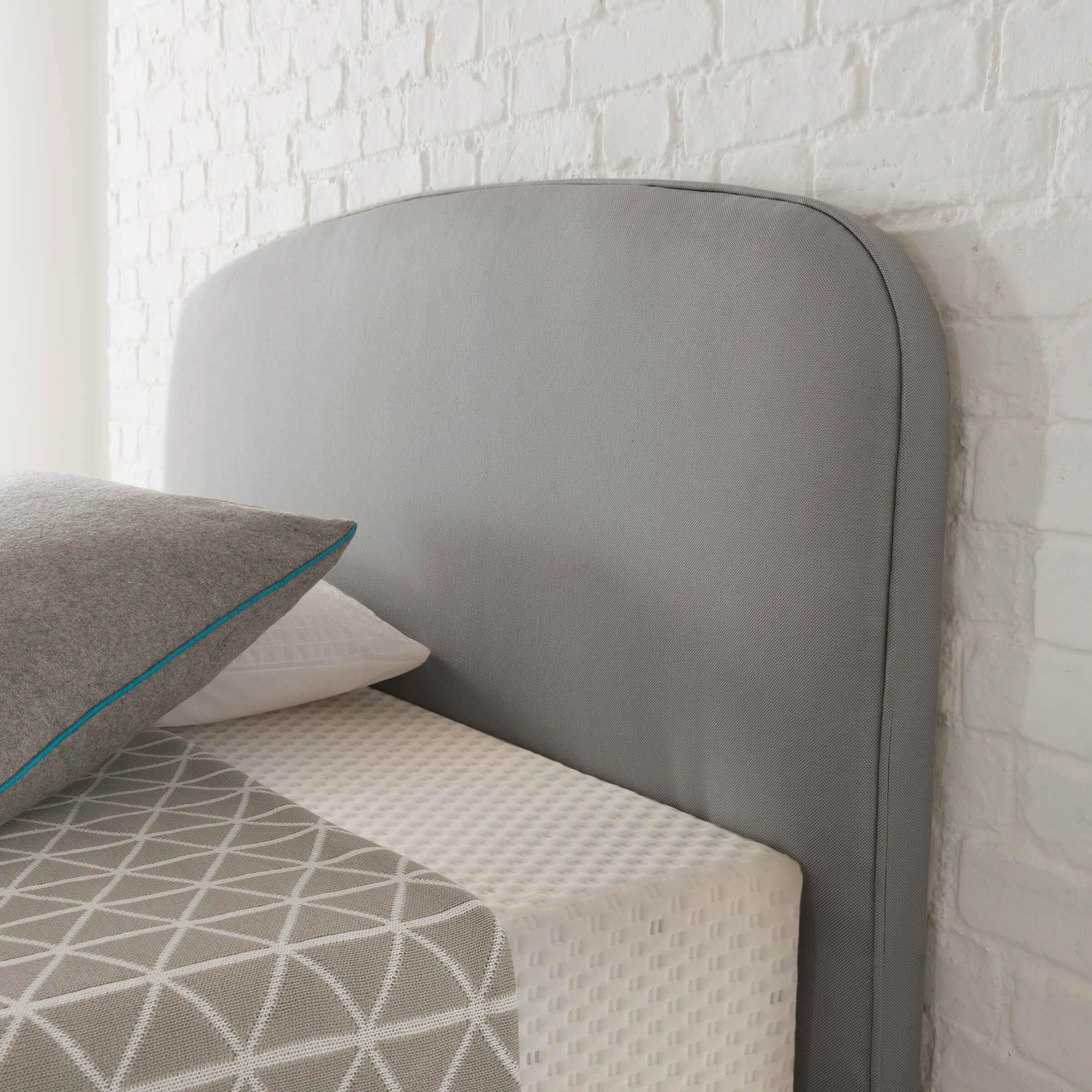 Curve in Slate Grey Studio bed, Curved bed, Mattress