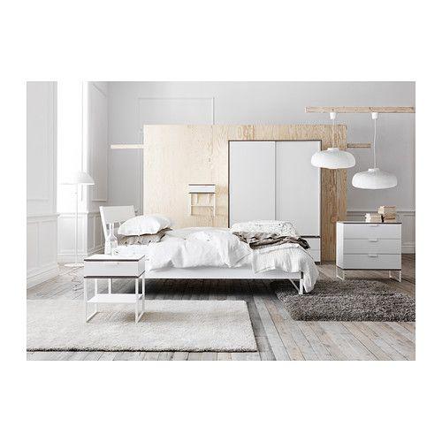 TRYSIL Bettgestell, weiß, hellgrau Kopfteile, Sitzen und Bett