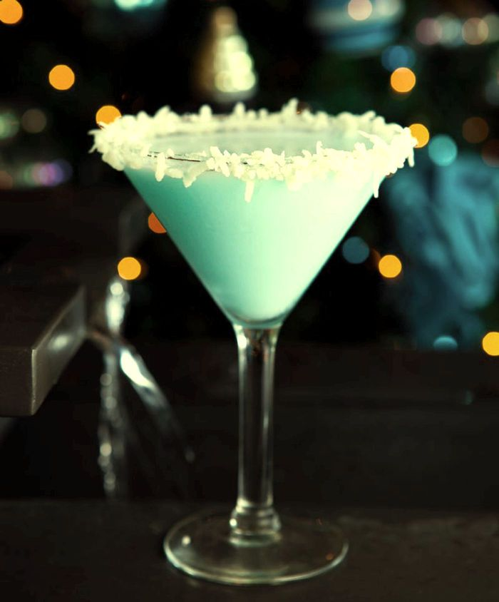 trago de coco en el bar!