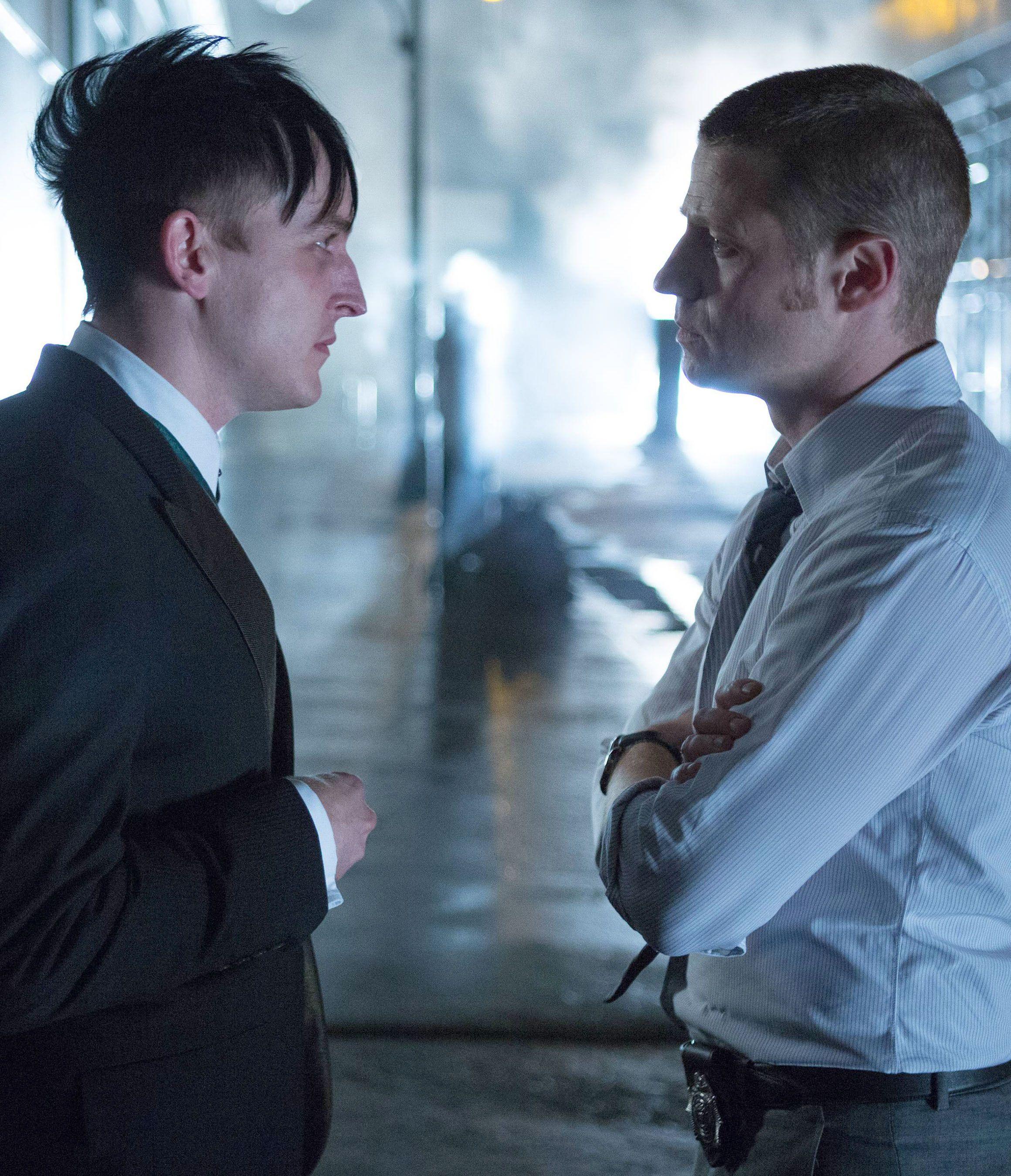 Gotham 1x03 - Gordon & Cobblepot (Penguin)