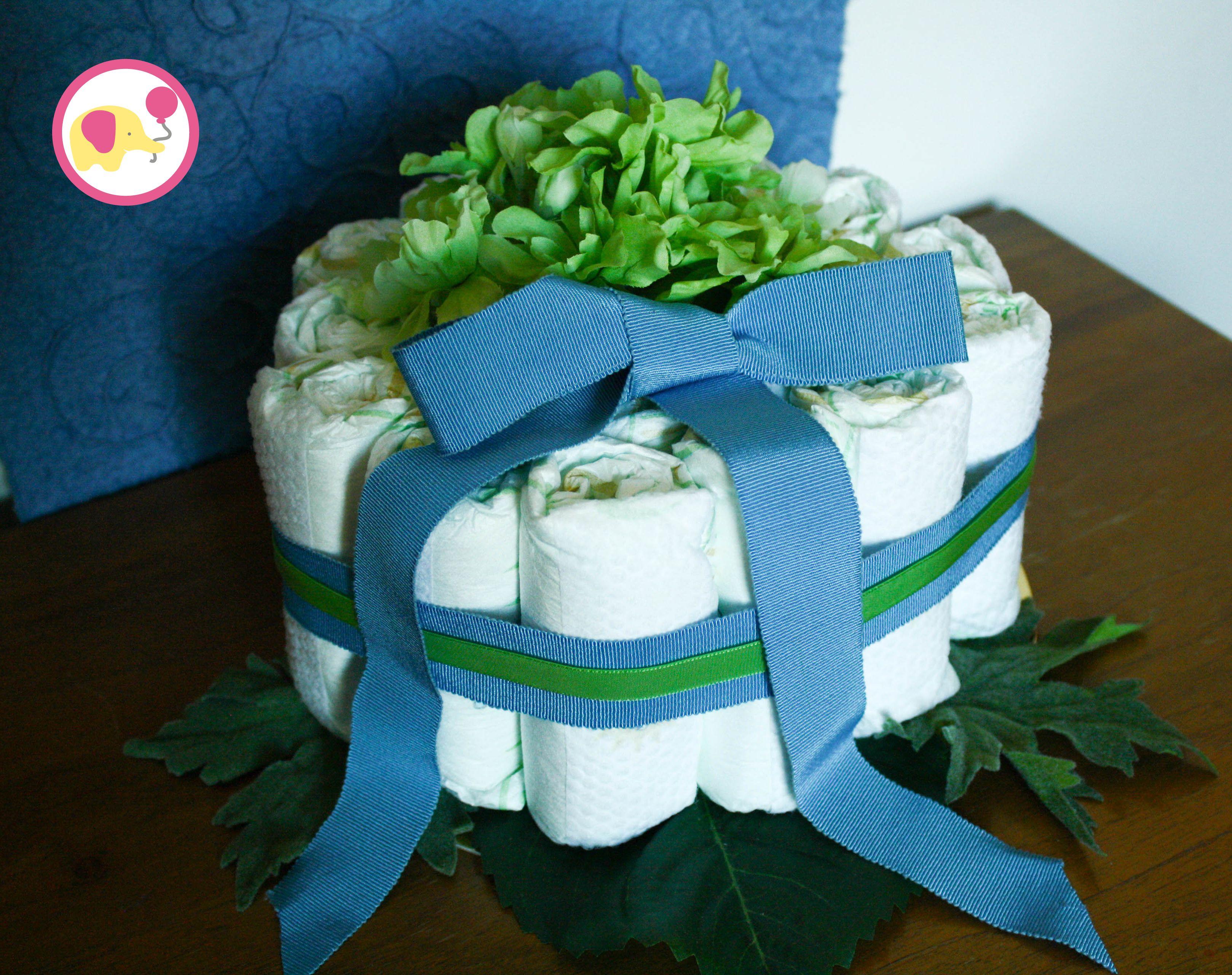 Piccola torta per piccolo bimbo! Benvenuto Thomas!/ A small cake for a small baby! Welcome Thomas!