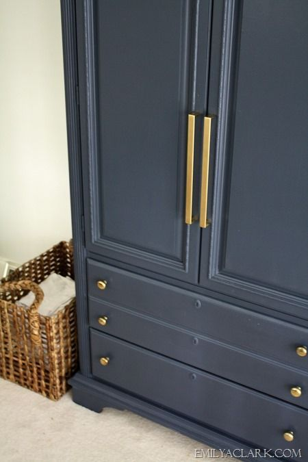 My Armoire Makeover: Painting It Navy #halenavybenjaminmoore