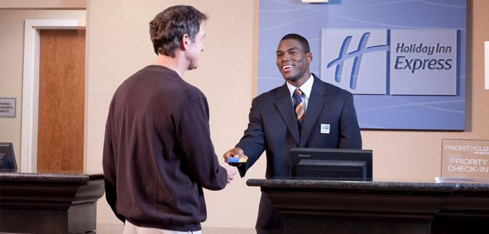 10 Traits Of A Great Hotel Front Desk Agent Front Desk Agent Great Hotel Front Desk