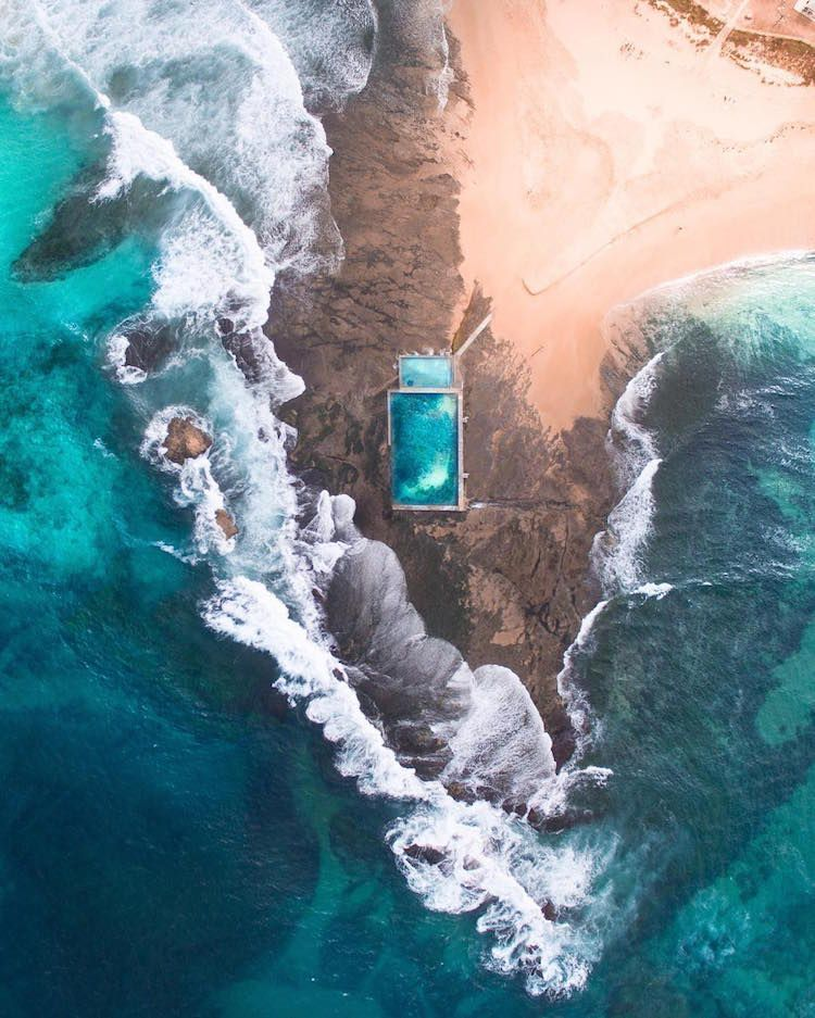 There's really nothing more spectacularthan the ocean.Gabriel Scanu's stunning aerial shots of coastlines and seawaves just goes to show the impressive magnitude of the ocean landscape. The young Australian photographer travels from country to country, sending his drone into the sky to capture